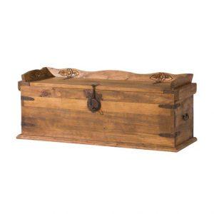 arcón-baúl de madera rústico